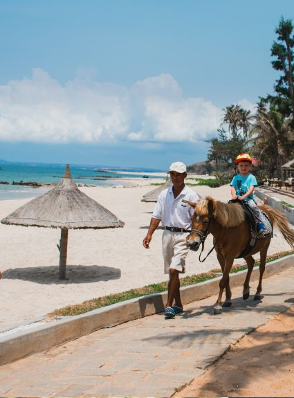 Travel Mui Ne, Vietnam with kids